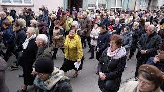 Droga krzyżowa w parafii pw. Nawiedzenia NMP w Ostrołęce