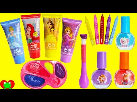Смотреть Disney Princess Bath Paints and Nail Polishes Surprises онлайн