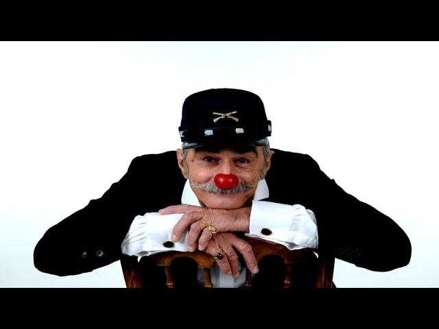 Cris L`artiste Medical clown pictures