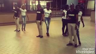 Kizomba Gabon dancing at Libreville Airport - May 2017 - GABON