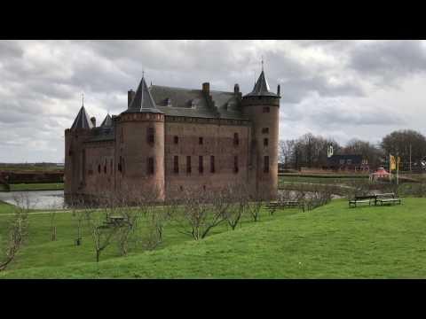 Traveller: The Netherlands, Muiden, Muiderslot