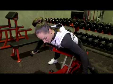 Isolating your rear delts with IFBB Physique Pro Amy Fox