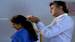 Vijayashanthi suspecting the villain - Mondi Mogudu Penki Pellam Scenes - Suman, Vijayashanthi