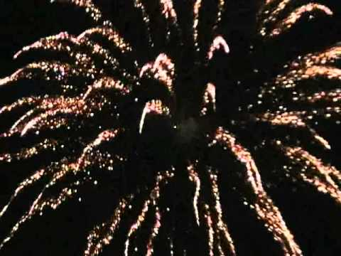 CANADA DAY FIREWORKS IN HARRIS PARK LONDON ONTARIO 2011