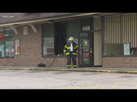Marco's Pizza In Middleburg Heights Catches Fire