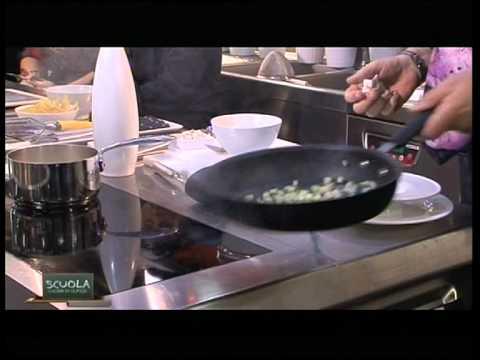 La Scuola - Cucina di classe 1 - Minestrone moderno - Chef Igles ...