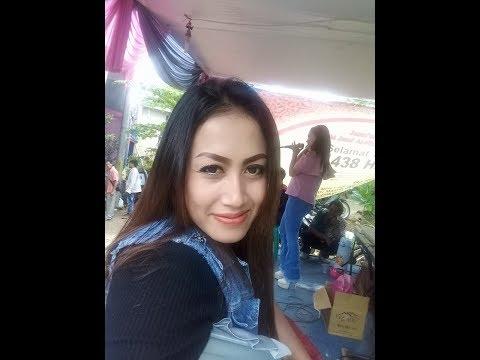 "Hot Dangdut Sukabumi..Geol Erotic.."" BANGBUNG HIDEUNG ""...DESMA ANJANI"