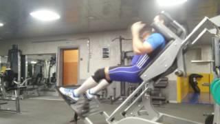 видео Гакк-приседание со штангой - техника выполнения упражнения - YouTube