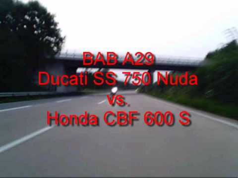 honda cbf 600 s pc43 vs ducati 750 ss nuda youtube. Black Bedroom Furniture Sets. Home Design Ideas