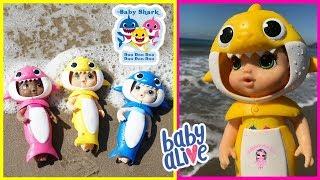 Baby Shark Baby Alive at the Beach!  Treasure Hunt at the Beach With Baby Shark Baby Alive