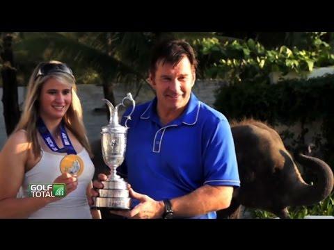 """Natalie Geisenberger und """"Sir"""" Nick Faldo golfen zusammen auf Phuket"""