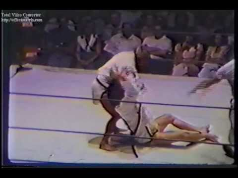 Hiro Matsuda vs Tosh Togo (Judo Jacket Match) - Championship Wrestling from Florida TV 1973