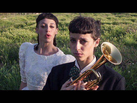 Travis Birds - La Chica del Tren (Videoclip Oficial)