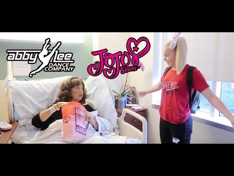 JoJo Siwa visits Abby Lee Miller In Hospital - June 2018