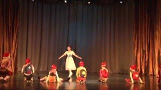 ХК 'Реверанс' отрывок из балета 'Белоснежка и семь Гномов'