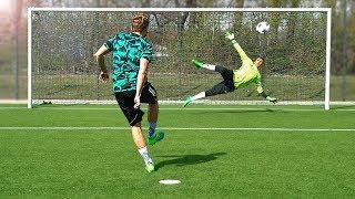 freekickerz vs. Raphael Guerreiro (Borussia Dortmund) - Penalty Challenge