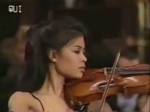 Musica clasica en version moderna youtube for Musica clasica para entrenar