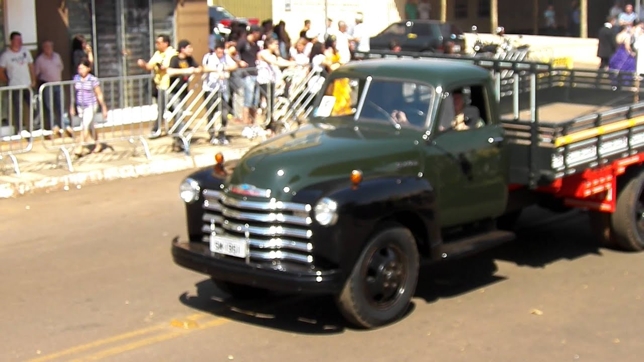 Fabuloso CAMINHÃO CHEVROLET 1951 , SILVESTRE MINIKOWSKI.MP4 - YouTube AT43