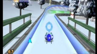 Family Party Winter Fun: 30 Great Games Multiplayer Gameplay (Wii)