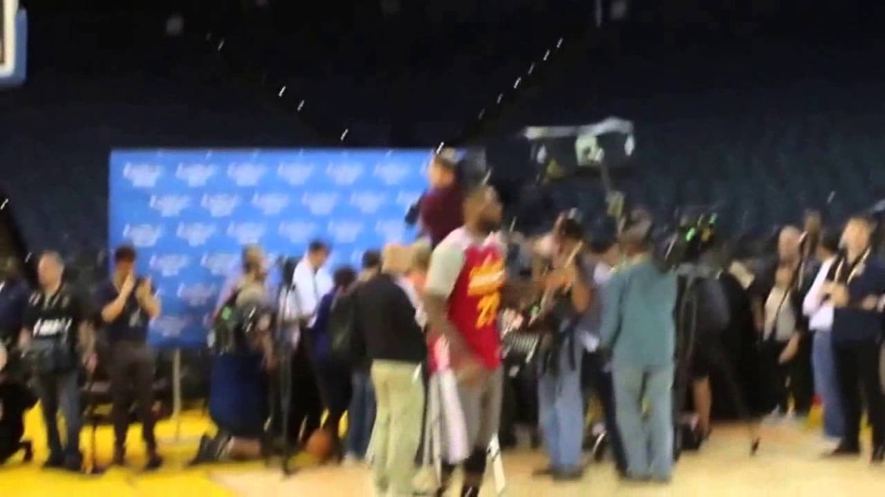 LeBron James Accidentally Flashes His Penis on Live TV ...