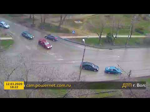 ДТП (авария г. Волжский) ул. Пушкина ул. Энгельса 12-03-2020 18-22