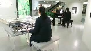 浜松駅で知らない人と弾いてみた千本桜 thumbnail