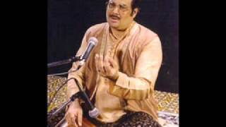 Pt. Ajoy Chakraborty sings