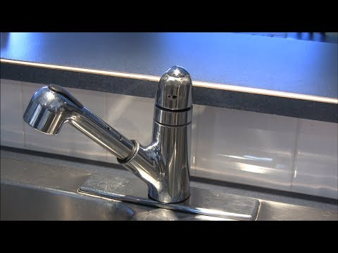 how to fix a moen kitchen faucet how to fix a leaking moen 1225 series kitchen faucet by 27777