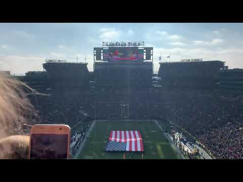 Drew Olson - Oops! Anthem singer forgets words at Lambeau Field