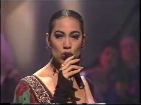 Kate Ceberano, Jon Stevens & John Farnham - Everything's Alright - Live on Hey Hey It's Saturday