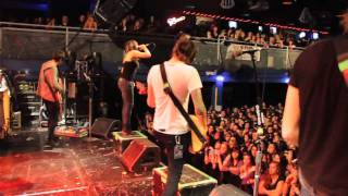 VersaEmerge: Whisperer (TOUR VIDEO)