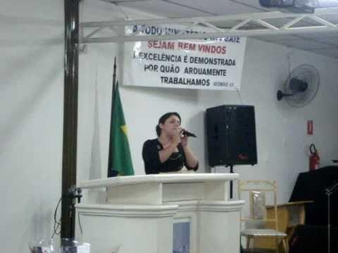 Ingrid Morelli canta: É você agora Suellen Lima