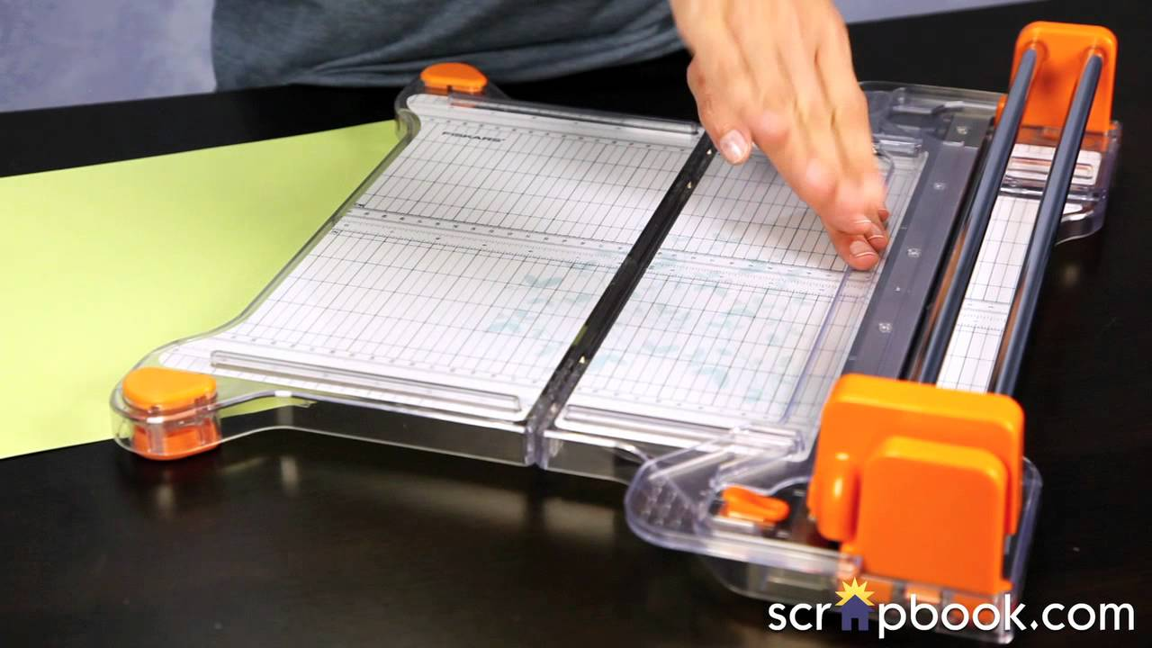 fiskar paper cutter How to sharpen a paper cutter blade by fred decker - updated june 28, 2018 paper has remained stubbornly indispensable in most businesses even with the widespread use of computers and mobile devices, so tools to handle paper are also still important.