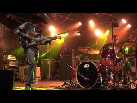 """Cedric Burnside Project """"Goin' down south"""" (Blues Rules 2016)"""
