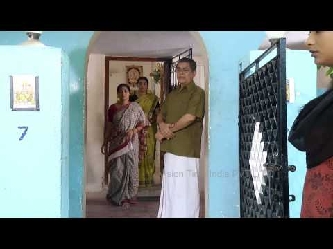 Ponnoonjal Episode 25 08/10/2013  Ponnoonjal is the story of a gritty mother who raises her daughter after her husband ditches her and how she faces the wicked society.   Cast: Abitha, Santhana Bharathi, KS Jayalakshmi  Bhoomika  introducing doctor gunal  to archana... Director: A Jawahar