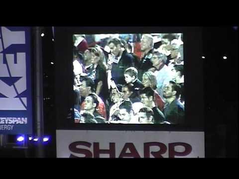 National Anthem @ shea after 9/11 attacks