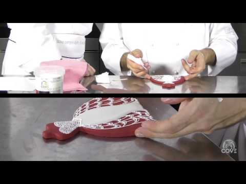 BISCUIT EN VOGUE -MASTER ICING COVE & RED CARPET CAKE DESIGN