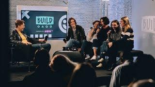 """We Think We Sound Really Great"" - 'Blossoms' Debate Their Karaoke Skills"