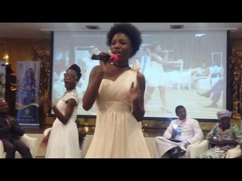 Salon du mariage au Togo