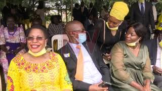 Museveni alayidde, ekisanja kitandise