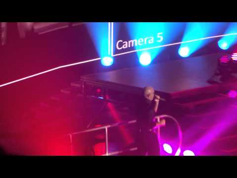 "Pitbull: ""Hotel Room"" @ Valley View Casino Center in San Diego on Oct 15, 2014"