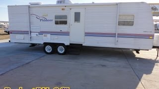 Half ton Towable bumper Pull Travel Trailer 2003 Pioneer 25T56 With Sleeping for 6