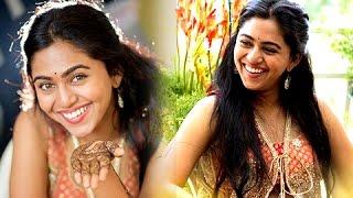 Repeat youtube video UNSEEN Mrunmayee Deshpande Haldi & Mehendi Ceremony Pictures   Marathi Entertainment