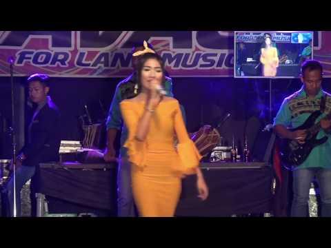 Download Lagu Ulfa Damayanti - Terlambat Benci - Savala Langon