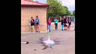 Water Bottle Rocket Launch - 2013 Physic Project - San Jose High School.