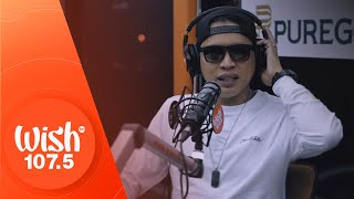"Dello performs ""Mata sa Tala, Paa sa Lupa"" LIVE on Wish 107.5 Bus"
