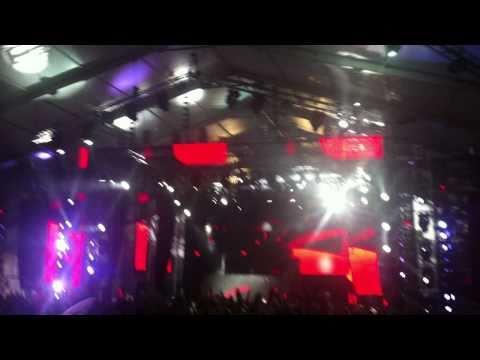 Knas Around (Plamen Valkov Mash Up)(LIVE @ Coachella 2011) - Laidback Luke