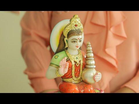 Lakshmi Hindu Goddess to Attract Prosperity & Spiritual Wealth