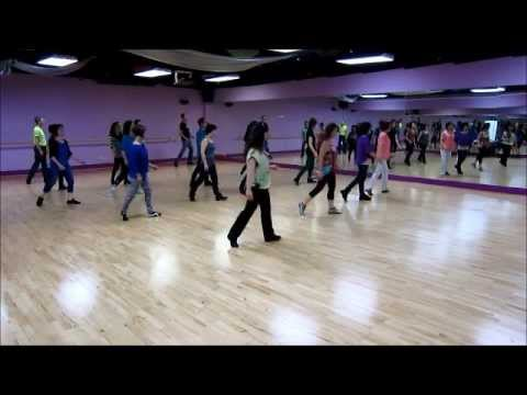 Poetry In Motion ~ Masters In Line - Line Dance (Walk thru & Dance)