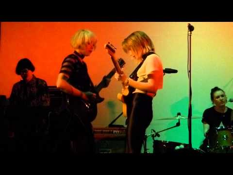 Pins - Too Little Too Late live, Central Methodist Hall - Dot to Dot Festival 22-05-15